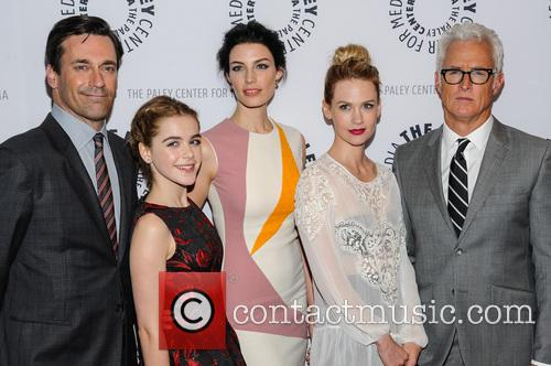 Jon Hamm, Kiernan Shipka, Jessica Pare, January Jones and John Slattery 6