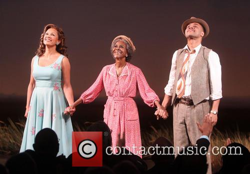 Vanessa Williams, Cicely Tyson and Cuba Gooding Jr. 2