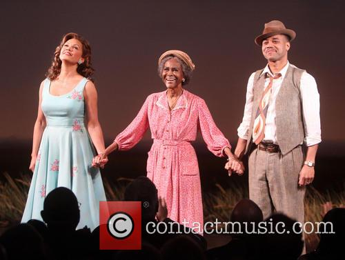 Vanessa Williams, Cicely Tyson and Cuba Gooding Jr. 6