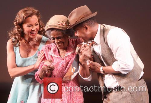 Vanessa Williams, Cicely Tyson and Cuba Gooding Jr. 10