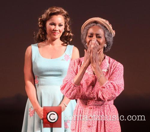 Vanessa Williams and Cicely Tyson 3