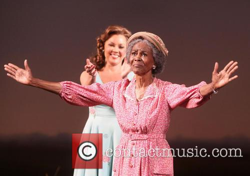 Vanessa Williams and Cicely Tyson 7