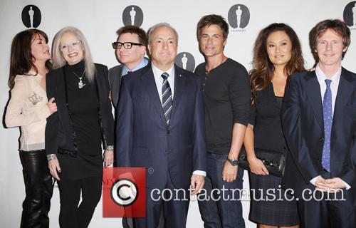 Lara Flynn Boyle, Penelope Spheeris, Mike Myers, Lorne Michaels, Rob Lowe, Tia Carrere and Dana Carvey 6
