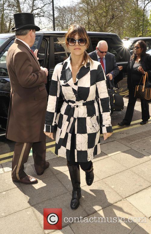 Kourtney Kardashian arriving at a hotel