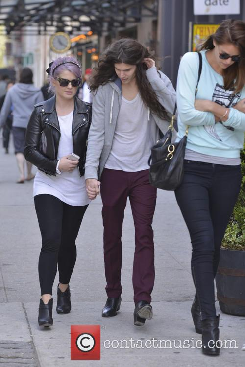 Kelly Osbourne and Matthew Mosshart 4