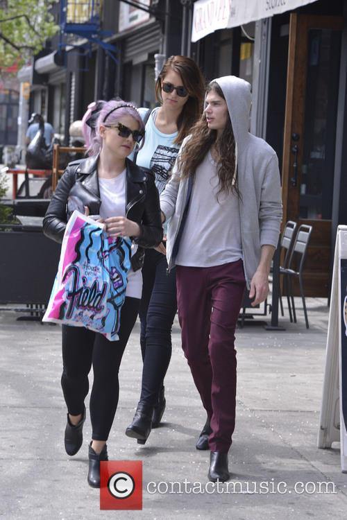 Kelly Osbourne and Matthew Mosshart 1