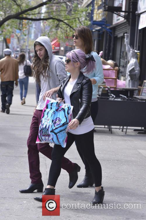 Kelly Osbourne and Matthew Mosshart 10