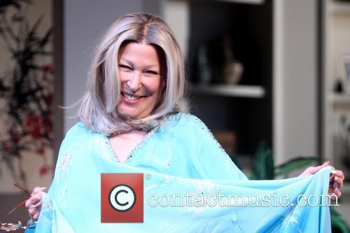 Bette Midler 12