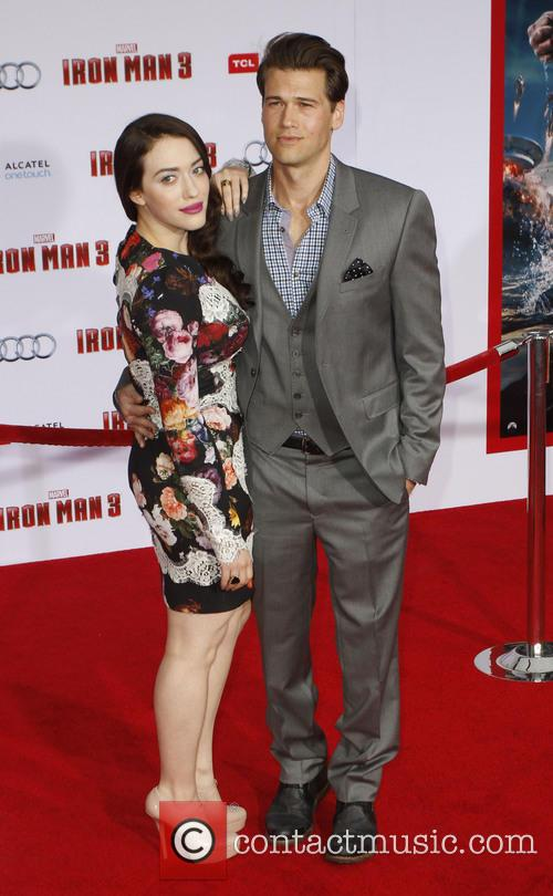 Kat Dennings and Nick Zano 10