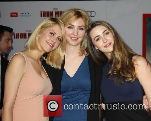 Yvonne Zima, Vanessa Zima and Madeline Zima 6