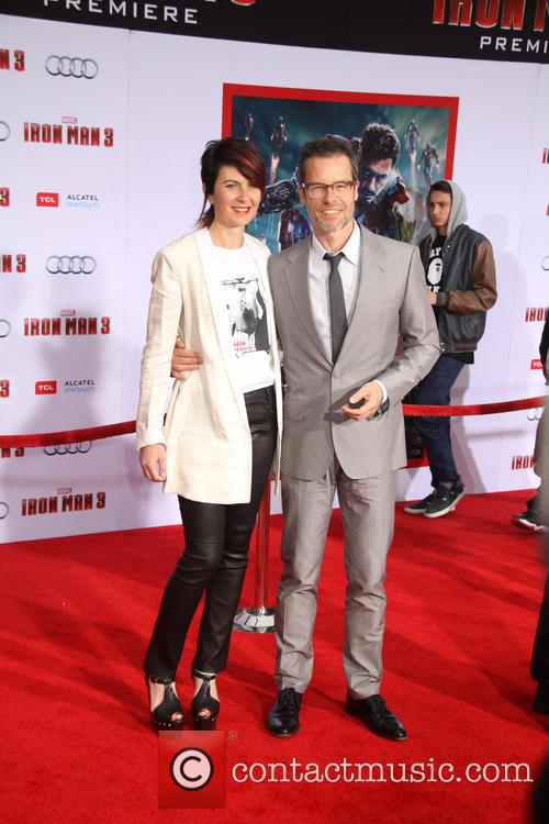 Guy Pearce and Kate Mestitz 8