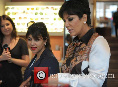 Kris Jenner and Kourtney Kardashian 5