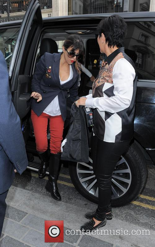 Kourtney Kardashian and Kris Jenner 7