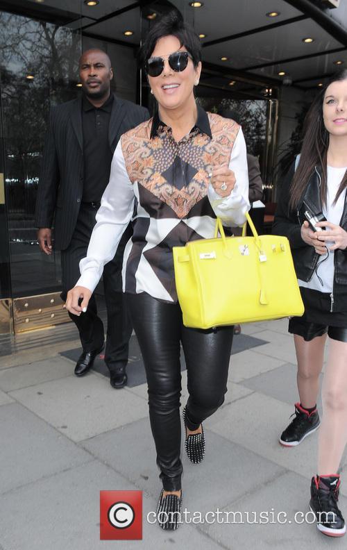 Kourtney Kardashian and Kris Jenner 6