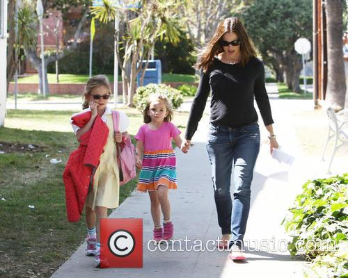 Jennifer Garner, Violet Affleck and Seraphina Affleck 10