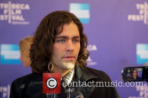Adrian Grenier 4