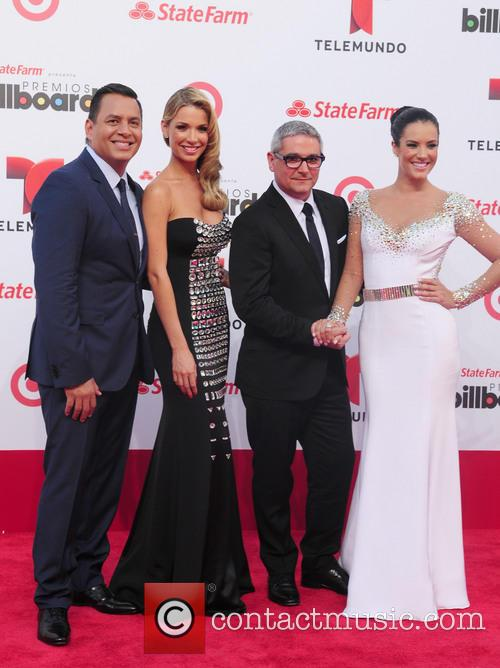 Billboard and Guests 3