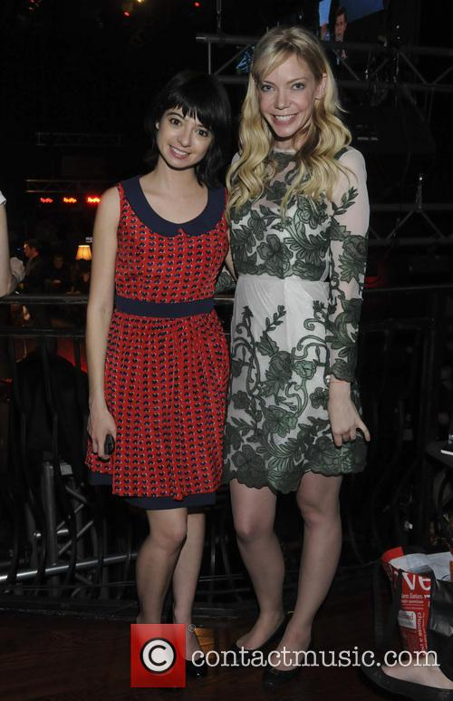 Riki Lindhome and Kate Micucci 3