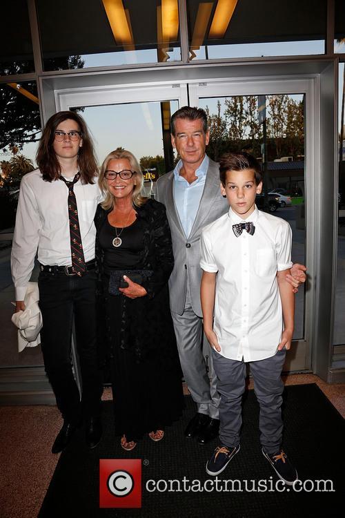 Dylan Brosnan, Sharon Smith, Pierce Brosnan and Paris Brosnan 2
