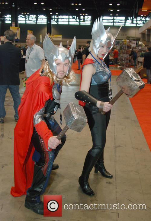 Fans dressed as Thor and Thor girl at Chicago Comic & Entertainment Expo 2013