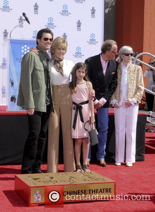 Jim Carey, Jane Fonda, Viva Vadim, Peter Fonda and Shirlee Fonda 1