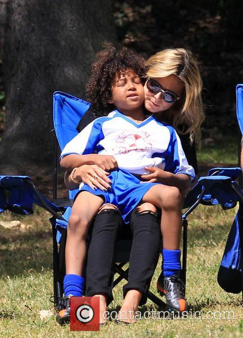 Heidi Klum watching her daughter play soccer