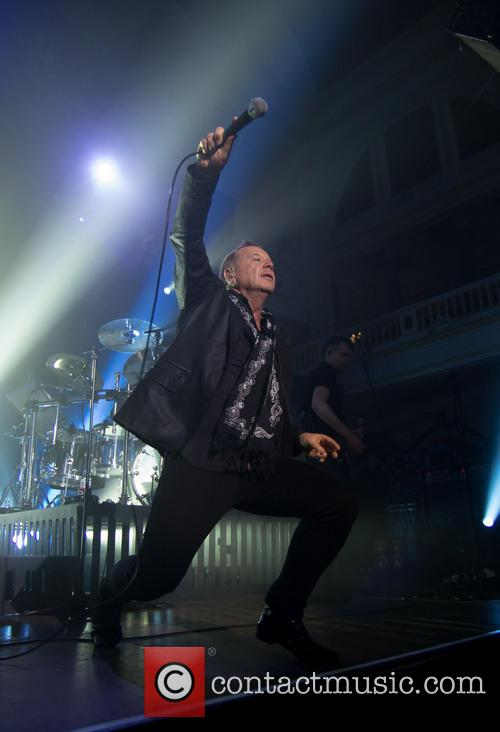 jim kerr simple minds perform at hull 3633678