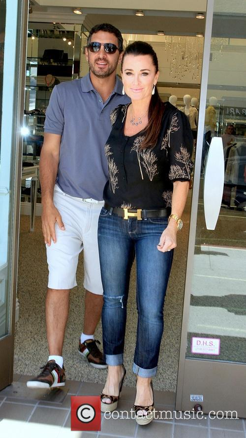 Kyle Richards and Mauricio Umansky 8