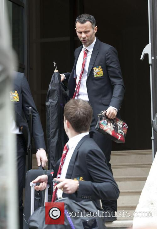 Ryan Giggs and Michael Carrick 3