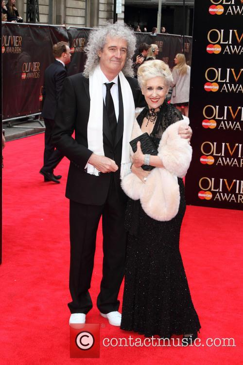 Brian May and Anita Dobson 7