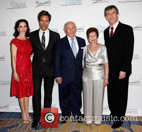 Eric Mccormack, Vicky Goodman, Meyer Luskin, Renee Luskin and Dr. Andrew Leuchter 8