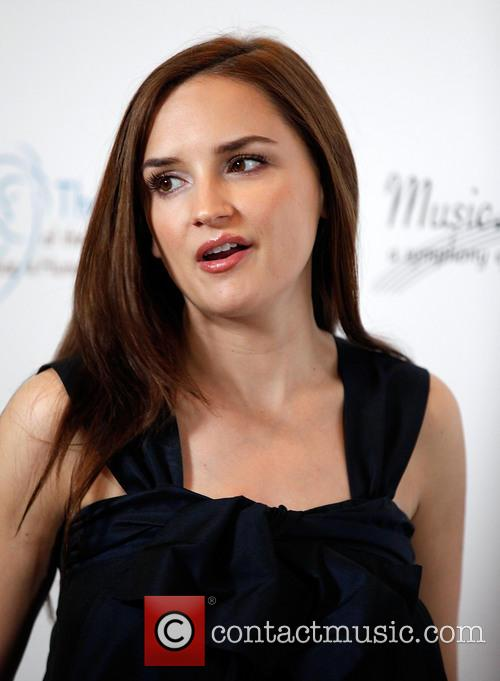 Rachael Leigh Cook, Beverly Wilshire Hotel