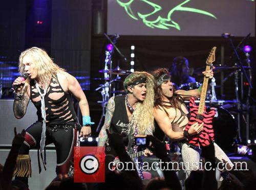 michael starr satchel lexxi foxx steel panther performs in 3641076