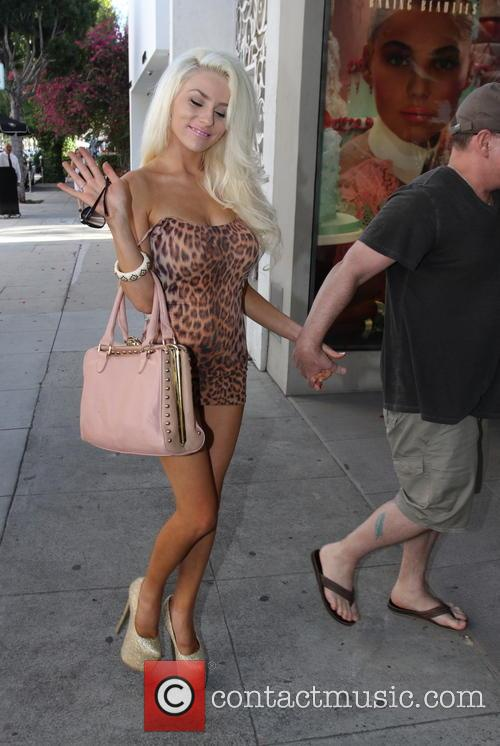 Doug Hutchison and Courtney Stodden 3