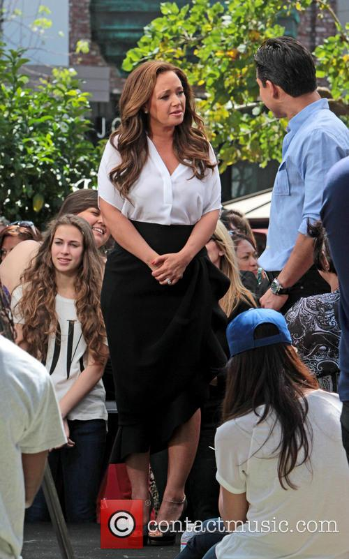 Leah Remini and Mario Lopez 13