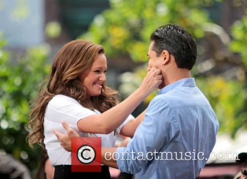 Leah Remini and Mario Lopez 15