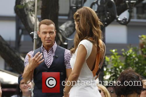 Joey Lawrence and Maria Menounos 3