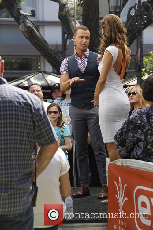 Joey Lawrence and Maria Menounos 5
