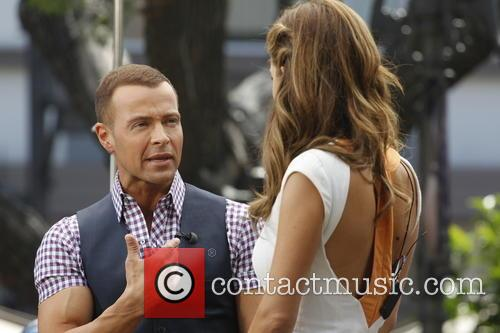 Joey Lawrence and Maria Menounos 7