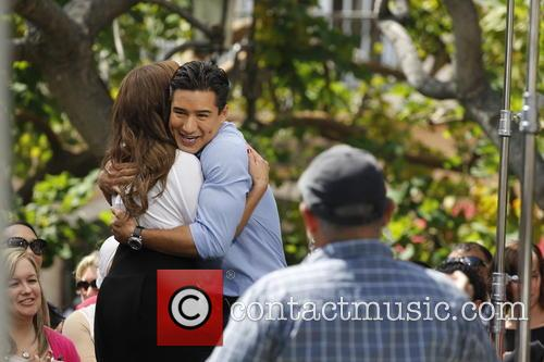 Leah Remini and Mario Lopez 3