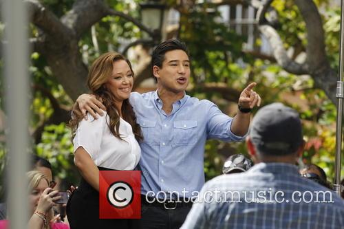 Leah Remini and Mario Lopez 9