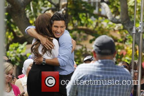 Leah Remini and Mario Lopez 11