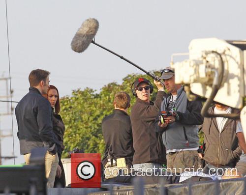 Scarlett Johannsson and Chris Evans 12