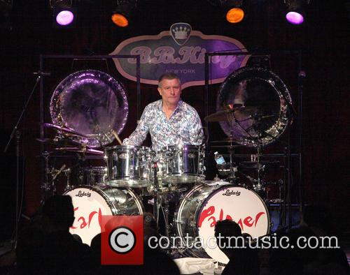 Carl Palmer performs live
