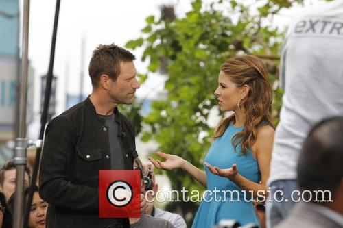 Aaron Eckhart and Maria Menounos 7