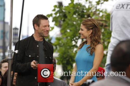 Aaron Eckhart and Maria Menounos 8