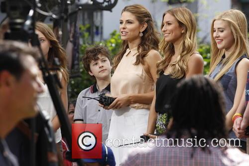 Maria Menounos, Renee Bargh and Caroline Sunshine 2