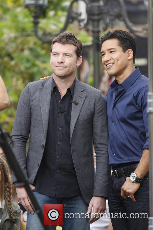 Sam Worthington and Mario Lopez 9