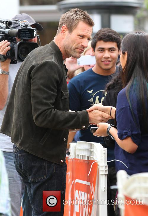 aaron eckhart celebrities at the grove to 3638170