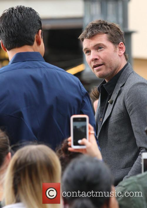 Sam Worthington and Mario Lopez 7